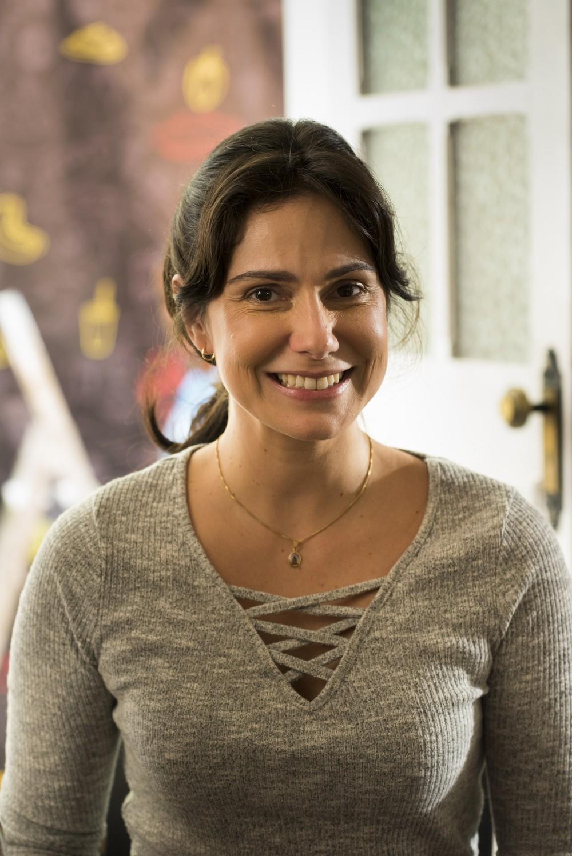 Aline Fanju (Josefina)